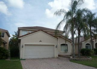 Foreclosed Home in PEBBLEBROOK TER, Coconut Creek, FL - 33073