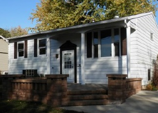 Casa en ejecución hipotecaria in Whiteside Condado, IL ID: F3856576