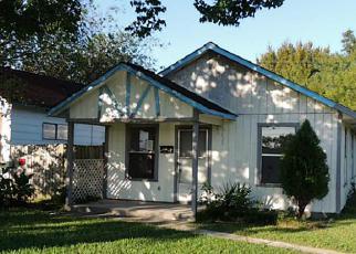 Casa en ejecución hipotecaria in La Porte, TX, 77571,  S 1ST ST ID: F3858485
