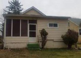 Foreclosed Home en SWAYZE AVE, Washington Crossing, PA - 18977