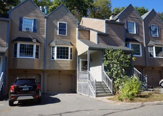 Foreclosed Home en EDGEWOOD ST, Stafford Springs, CT - 06076