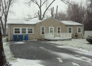 Casa en ejecución hipotecaria in Melrose Park, IL, 60164,  GENEVA AVE ID: F3912209