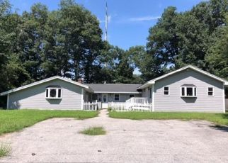 Foreclosed Home in PORTER RD, Chelmsford, MA - 01824