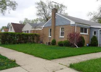 Casa en ejecución hipotecaria in Bellwood, IL, 60104,  48TH AVE ID: F3959495