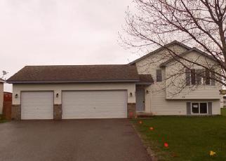 Casa en ejecución hipotecaria in Cambridge, MN, 55008,  ZACHARY ST S ID: F3969207