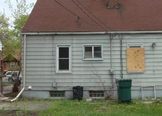 Casa en ejecución hipotecaria in Dearborn, MI, 48124,  MCKINLEY ST ID: F3975360