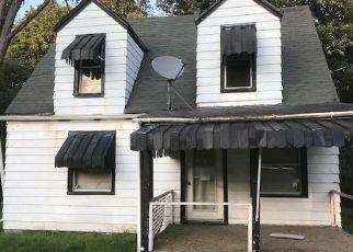 Foreclosed Home en N MERCER AVE, Sharpsville, PA - 16150