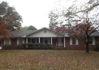 Foreclosed Home en ROLLIE AVE, Chatsworth, GA - 30705