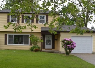Foreclosed Home in LINCOLN DR, Clementon, NJ - 08021