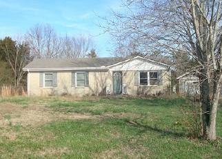 Casa en ejecución hipotecaria in Dickson Condado, TN ID: F3989055