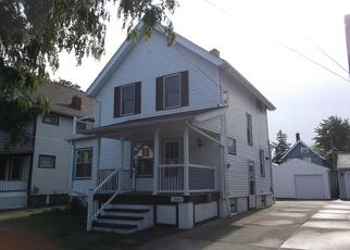 Casa en ejecución hipotecaria in Lakewood, OH, 44107,  LARCHMONT AVE ID: F3992801