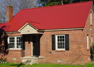 Foreclosed Home en MCGHEE AVE, Greenwood, SC - 29649