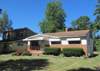 Casa en ejecución hipotecaria in Livonia, MI, 48154,  ALEXANDER ST ID: F4007399