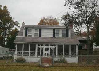 Casa en ejecución hipotecaria in Millville, NJ, 08332,  MENANTICO AVE ID: F4031140