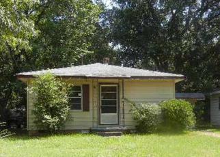 Casa en ejecución hipotecaria in Pine Bluff, AR, 71603,  S FOX ST ID: F4040062