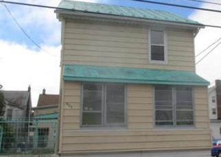 Casa en ejecución hipotecaria in Hazleton, PA, 18201,  E 1ST ST ID: F4045152