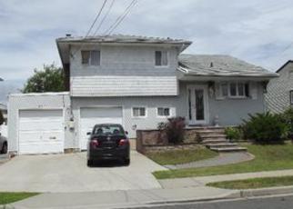 Casa en ejecución hipotecaria in Freeport, NY, 11520,  LAURETTE LN ID: F4046985