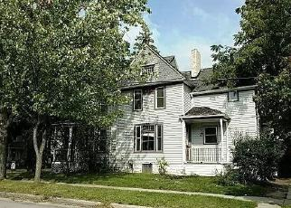 Foreclosed Home en N SHERIDAN ST, Bay City, MI - 48708
