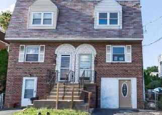 Casa en ejecución hipotecaria in Delaware Condado, PA ID: F4052279