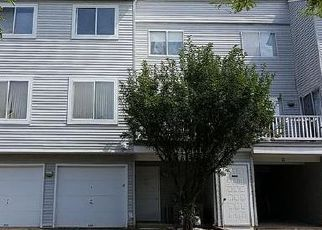 Casa en ejecución hipotecaria in Wallingford, CT, 06492,  STAFFORDSHIRE COMMONS DR ID: F4053209