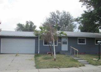 Foreclosed Home en LENNOX AVE, Casper, WY - 82601