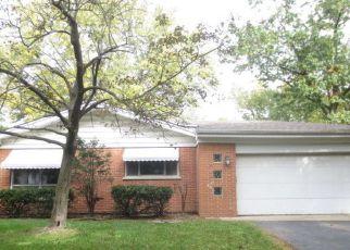 Casa en ejecución hipotecaria in Des Plaines, IL, 60016,  HAWTHORNE TER ID: F4063381