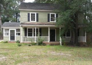 Foreclosed Home en 3RD AVE, Kingstree, SC - 29556