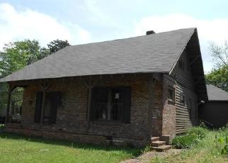 Foreclosed Home in W 2ND ST, Clarksdale, MS - 38614