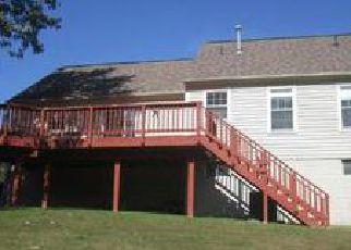 Casa en ejecución hipotecaria in Springfield, VA, 22153,  GREEN GARLAND DR ID: F4073492