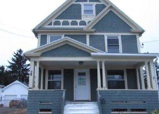 Casa en ejecución hipotecaria in Genesee Condado, NY ID: F4073747