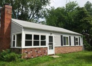 Casa en ejecución hipotecaria in Wallingford, CT, 06492,  APPLE ST ID: F4075363