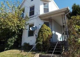 Casa en ejecución hipotecaria in Beaver Condado, PA ID: F4078147