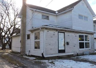 Foreclosed Home en JAY ST, Kingston, PA - 18704
