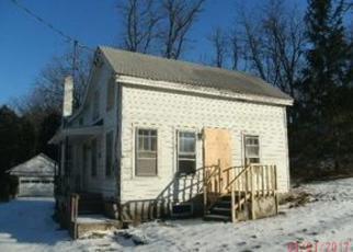 Casa en ejecución hipotecaria in Tompkins Condado, NY ID: F4086814