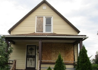 Foreclosed Home en E 103RD PL, Chicago, IL - 60628