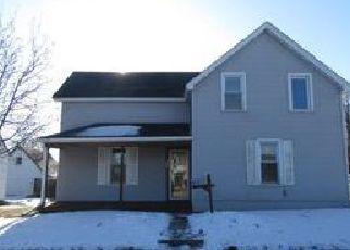 Casa en ejecución hipotecaria in Shakopee, MN, 55379,  4TH AVE E ID: F4097291
