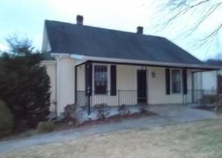 Casa en ejecución hipotecaria in Franklin Condado, VA ID: F4098009
