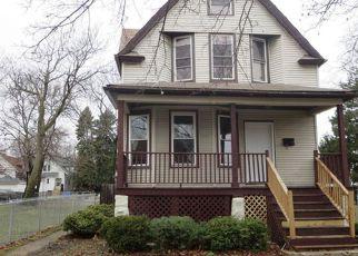 Casa en ejecución hipotecaria in Chicago, IL, 60651,  N LOCKWOOD AVE ID: F4099520
