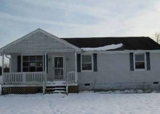Casa en ejecución hipotecaria in Dinwiddie Condado, VA ID: F4100067