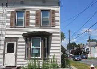 Casa en ejecución hipotecaria in Rensselaer Condado, NY ID: F4101383