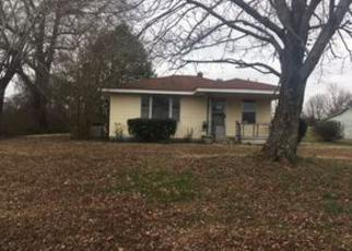 Casa en ejecución hipotecaria in Gibson Condado, TN ID: F4101606