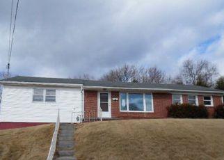 Casa en ejecución hipotecaria in Princeton, WV, 24740,  HENRY ST ID: F4102503
