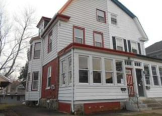 Foreclosed Home en 7TH AVE, Prospect Park, PA - 19076