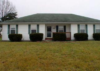 Casa en ejecución hipotecaria in Christian Condado, MO ID: F4110275