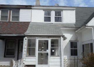 Casa en ejecución hipotecaria in Claymont, DE, 19703,  4TH AVE ID: F4110871