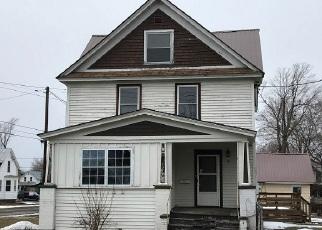Casa en ejecución hipotecaria in Saint Lawrence Condado, NY ID: F4112613