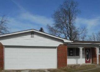 Casa en ejecución hipotecaria in Henry Condado, IN ID: F4118142