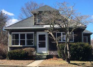 Casa en ejecución hipotecaria in Coventry, RI, 02816,  FAIRVIEW AVE ID: F4120160