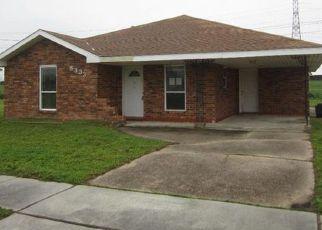 Casa en ejecución hipotecaria in Saint Bernard Condado, LA ID: F4124211
