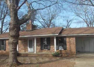 Foreclosed Home in TOWERING OAKS DR, Jacksonville, AR - 72076